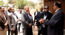 رئيس جامعة أسيوط يزور الحرم الجامعى القديم