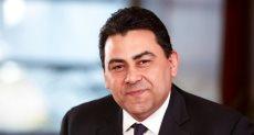 عادل حامد الرئيس التنفيذى للشركة المصرية للاتصالات
