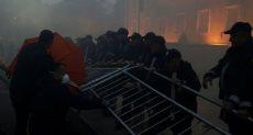 جانب من أعمال العنف بمظاهرات ألبانيا