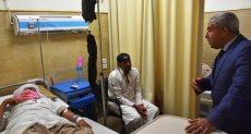 محافظ أسوان يتفقد عددا من المستشفيات