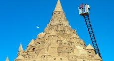 أكبر قلعة مبنية من الرمال