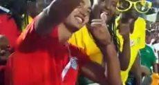 المصريون مع جماهير زيمبابوى