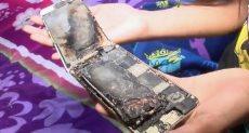 هاتف الآيفون بعد انفجاره