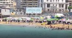 شواطىء الاسكندرية تزدحم بالمصطفين