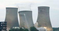 لحظة انهيار محطة كهرباء ببريطانيا