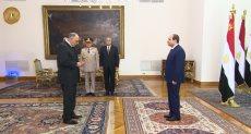 رئيس هيئة قضايا الدولة الجديد  أمام الرئيس السيسى