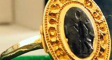 خاتم من العصور الوسطى