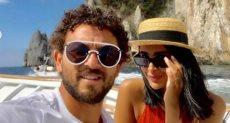 حسام غالى وزوجته