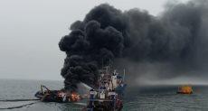 لحظة اندلاع حريق على متن سفينة بالقرب من سواحل كاليفورنيا