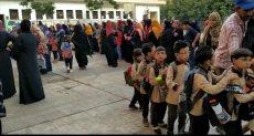 مدير تعليم الجيزة يتفقد مدارس إمبابة