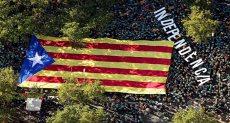 مئات الآلاف فى مسيرة ضخمة بكتالونيا