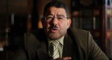 الهارب سيف عبد الفتاح