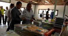 معرض جامعة أسيوط لبيع المستلزمات الدراسية بسعر المصنع