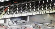 لحظة انهيار السقالات بمبنى مطار أرجنتيني ومقتل شخص
