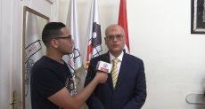 عميد كلية تجارة جامعة عين شمس