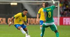 البرازيل ضد السنغال