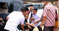 لحظة طعن وزير الأمن الإندونيسى