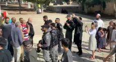 مستوطنون يقتحمون باحة المسجد الأقصى في عيد العرش اليهودي