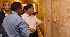 نائب الرئيس الصينى يزور المعابد ومقابر ملوك الفراعنة بالأقصر