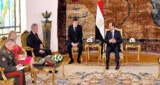 جانب من لقاء الرئيس عبد الفتاح السيسي بوزير الدفاع الروسي