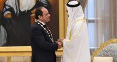 ولي عهد أبو ظبى يمنح الرئيس السيسى أرفع وسام إماراتى