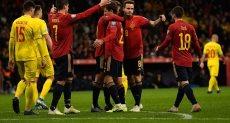 إسبانيا ضد رومانيا