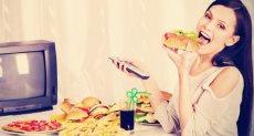 الأكل أمام التليفزيون