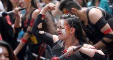 فتاة مشاركة فى الوظاهرات