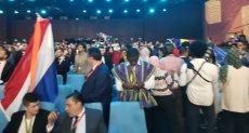 المشاركون في منتدى شباب العالم