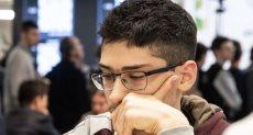 لاعب الشطرنج الإيرانى الصاعد على رضا فيروزجا