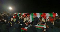 لحظة وصول جثمان الجنرال قاسم سليمانى إلى إيران