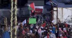 متظاهرين فى لبنان