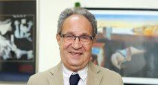 الدكتور محمد العزازى رئيس الجامعة