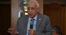 الدكتور باهر أبو ستيت عميد كلية الهندسة