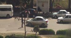 بائعون يبيعون صور الرئيس الاسبق مبارك