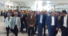 رئيس الوزراء يتفقد اجراءات الحجر الصحي بمطار الغردقة