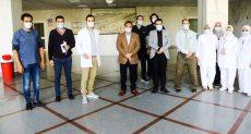 جانب من جولة عبد الرحيم على داخل مستشفى العجوزة