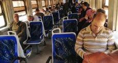الهدوء يسيطر على قطار القاهرة - الزقازيق بدون زحامًا للركاب