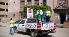 فرق عمل مكاتب النائب محمد أبو العينين خلال تنظيم صرف المعاشات