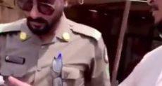 الشرطة السعودية تفاجئ المخالفين