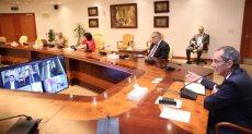 وزير الاتصالات يتابع التحول الرقمي بالجامعات