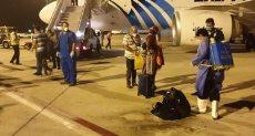 عالقين بالخارج يصلون مطار مرسي علم - أرشيفية