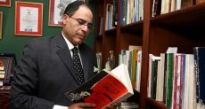 الكاتب الصحفي شريف عارف