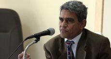 الدكتور أحمد ثابت مدير مستشفى الحميات بالزقازيق