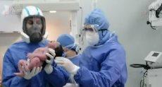 نجاح سابع ولادة لمريضة مصابة بفيروس كورونا