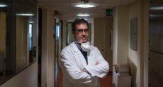 طبيب ايطالى