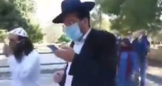 الحاخام يتقدم اليهود فى الاقصى
