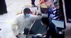 الإعتداء على مصرى فى الكويت