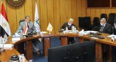 وزير القوى العاملة خلال اجتماع مجلس إدارة صندوق إعانات الطوارئ للعمال