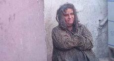 سيدة مسنة بلا مأوى